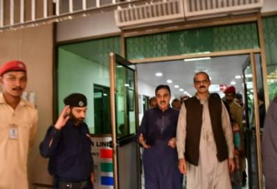 وفاقی وزیر قومی صحت عامر کیانی پمز اسپتال کا اچانک دورہ