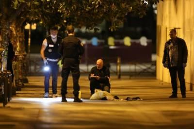 فرانس: چاقو سے حملہ: 2برطانوی شہریوں سمیت 7 افراد زخمی،ہسپتال منتقل