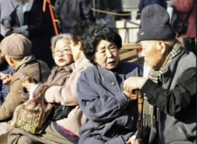 جاپان میں 100 سال کی عمر کو پہنچنے والے افراد کی تعداد 69785 تک پہنچ گئی