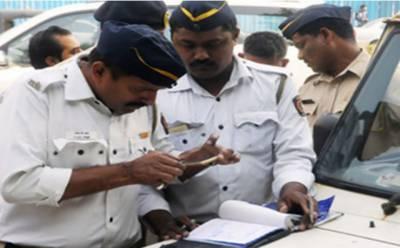 بھارت میں آئندہ جولائی سے ڈرائیونگ لائسنس تبدیل کر دیئے جائیں گے