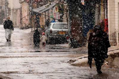 بالائی علاقوں میں برف باری کا سلسلہ جاری، سردی کی شدت میں اضافہ