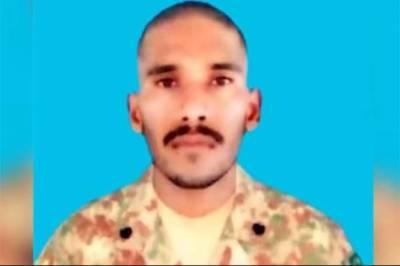 بھارتی فورسز کی تھب سیکٹرپربلااشتعال فائرنگ،سپاہی ظہیراحمد شہید:آئی ایس پی آر