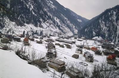 ملک میں موسم زیادہ ترسرد رہے گا,پہاڑوں پربرفباری کاامکان:محکمہ موسمیات