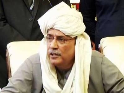 غیر سنجیدہ وزیراعظم سے ملک نہیں سنبھالا جا رہا،عمران خان کو اگلا حکمران جیل بھیجے گا: آصف زرداری