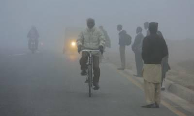پنجاب پر دھند کا راج، مختلف مقامات پر ٹریفک حادثات، 13 افراد زخمی