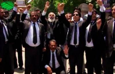 پنجاب کے مختلف شہروں میں وکلا کا احتجاج 25 ویں روز بھی جاری، 13 دسمبر کو دھرنے کا اعلان