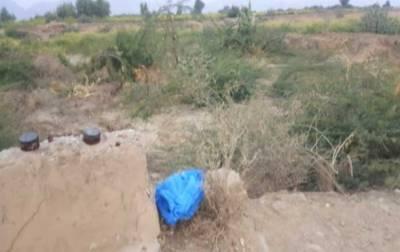 ڈی آئی خان:دہشتگردی کا منصوبہ ناکام، سڑک کے کنارے نصب2 بم برآمد