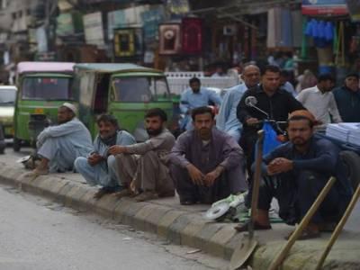 پاکستان میں بیروزگار افراد کی تعداد ایک لاکھ 70ہزار سے بڑھ کر 37لاکھ 90ہزار ہوگئی