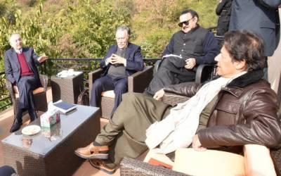 مشیر تجارت،وزیر خوراک کی وزیراعظم سے ملاقات،خوراک کے تحفظ سے متعلق امور پر تبادلہ خیال