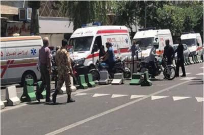 ایرانی پاسداران انقلاب کی بس پر خودکش حملہ، 30 اہلکار ہلاک
