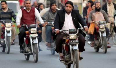سندھ حکومت کا موٹروہیکل بک ختم کرکے سمارٹ کارڈ متعارف کرانے کا فیصلہ