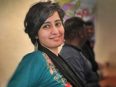 کشمیری طلبا کو انتہاپسندوں سے بچانے والی بھارتی صحافی کو قتل کی دھمکیاں
