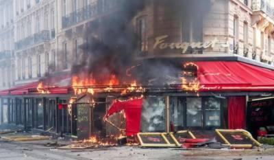 پیرس میں مظاہرے شدت اختیار کرگئے،ذوالفقار علی بھٹو اور بے نظیر بھٹو کے پسندیدہ ریستوران کوآگ لگادی گئی