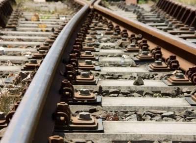 ڈیرہ مراد جمالی:ریلوے ٹریک پر دھماکہ، خاتون سمیت3 افراد جاں بحق