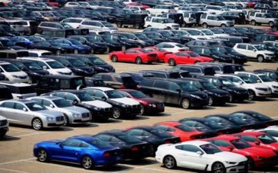 نئی گاڑیاں خرید نے والوں کو حکومت کی جانب سے زبردست جھٹکا
