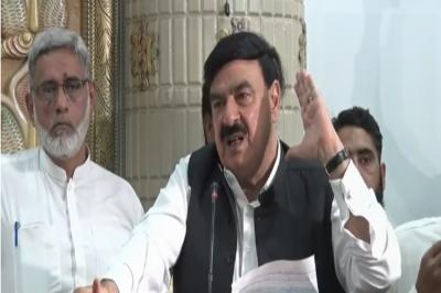 فاٹا میں پی ٹی آئی کی حکومت بننے پر فضل الرحمن پریشان ہیں: شیخ رشید