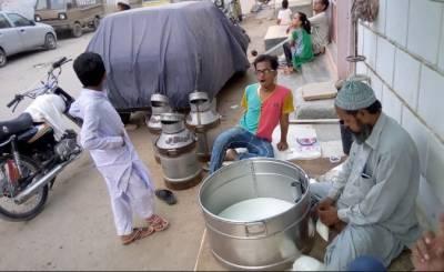 کراچی: دودھ کی قیمت میں ہوشربا اضافہ,فی لیٹر25روپے بڑھادیئے