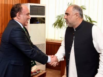 سپیکر قومی اسمبلی اسد قیصر سے پاکستان میں تیونس کے سفیر کی پارلیمنٹ ہاؤس میں ملاقات