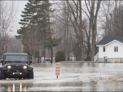 کینیڈا ' شدید بارشوں اور سیلاب نے تباہی مچادی، کار بہہ جانے سے ایک خاتون ہلاک