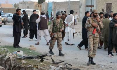 نصیرآباد: دھماکے میں دوسیکورٹی اہلکاروں سمیت 10 افرادزخمی
