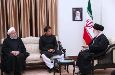وزیراعظم اور ایران کے سپریم لیڈرکے درمیان ملاقات