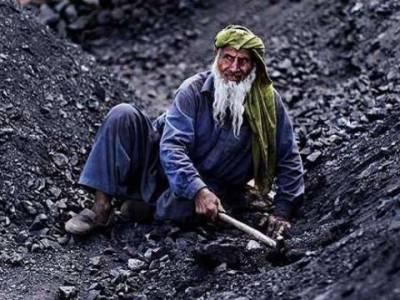 پاکستان سمیت دنیا بھر میں محنت کشوں کا عالمی دن کل منایاجائے گا