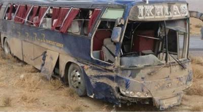 خضدار: 3 مسافربسیں آپس میں ٹکرا گئیں،5 افراد جاں بحق،20 زخمی