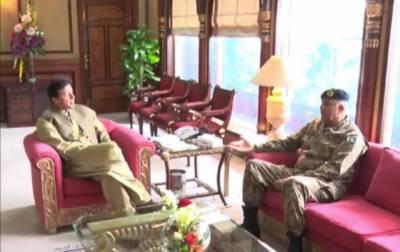 وزیر اعظم کی چیف آف آرمی اسٹاف سے مُلاقات،ملکی سلامتی کے امور پر تبادلہ خیال