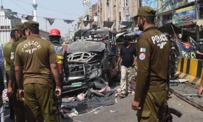 لاہور سے 3 مبینہ دہشت گرد گرفتار، داتا دربار دھماکے میں ملوث ہونے کا شبہ
