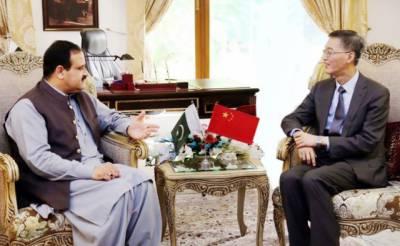 وزیراعلیٰ پنجاب سردار عثمان بزدار سے چین کے سفیر یاؤ جنگ کی ملاقات، پاک چین تعلقات کے فروغ، سی پیک کے منصوبوں اور مختلف شعبوں میں تعاون بڑھانے پر تبادلہ خیال