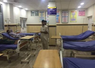 خیبرپختونخوا میں ڈاکٹرز کی ہڑتال جاری،مریض دربدر ٹھوکریں کھانے پر مجبور