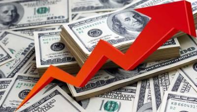 ڈالر کی اونچی اُڑان،اوپن مارکیٹ میں 153 روپے کی بلند ترین سطح پر پہنچ گیا