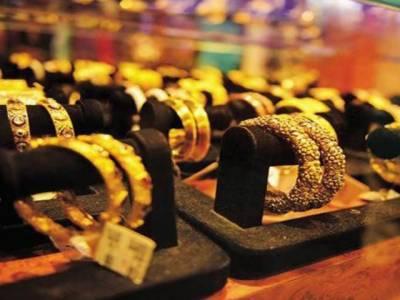 سونے کی قیمت میں فی تولہ 600 روپے اضافہ