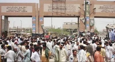 کراچی:سپرہائی وے پر سبزی منڈی میں 2 گروپوں میں فائرنگ،ایک شخص جاں بحق، 4 زخمی