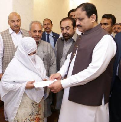 پاکستانی قوم اپنے شہداءکی قربانیوں کو ہمیشہ یاد رکھے گی:وزیراعلیٰ پنجاب