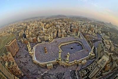 سعودی عرب اورخلیجی ملکوں میں آج عیدالفطرمنائی جارہی ہے