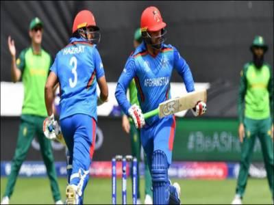 فغانستان کی بیٹنگ لائن بری طرح سے ناکام، جنوبی افریقا کو جیت کے لیے 126 رنز کا ہدف