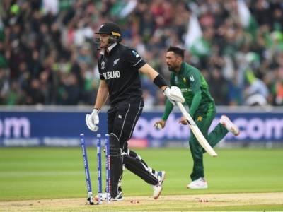 ورلڈکپ: نیوزی لینڈ کا پاکستان کو جیت کیلئے 238 رنز کا ہدف