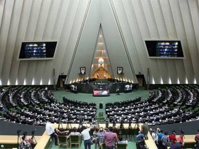 امریکی کبھی مذاکرات کے لیے قابل اعتبار نہیں رہے: ایرانی رکن پارلیمان