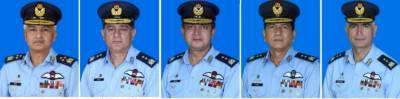 حکومت پاکستان نے پاک فضائیہ کے ایک ائیر آفیسر کو ائیر مارشل اور تیرہ افسران کو ائیر وائس مارشل کے عہدوں پر ترقی دے دی