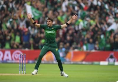 پاکستان کے فاسٹ باولر شاہین شاہ آفریدی نے ورلڈ کپ میں پاکستان کی جانب سے بہترین باولنگ کا ریکارڈ اپنے نام کر لیا