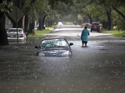امریکہ:شدیدبارشوں اورسیلابی ریلوں سے معمولات زندگی متاثر