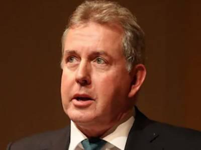 ای میل اسکینڈل: امریکا میں تعینات برطانوی سفیر نے استعفیٰ دے دیا
