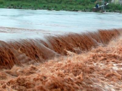 وادی نیلم: آسمانی بجلی اور سیلابی ریلے نے تباہی مچادی، 22 افراد لاپتا