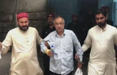 جج ویڈیو اسکینڈل:ملزم میاں طارق کو 14 روزہ جوڈیشل ریمانڈ پر جیل بھیج دیا گیا