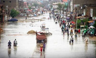 بارش سے کراچی میں صورتحال سنگین، کئی علاقوں سے پانی نہ نکالا جاسکا
