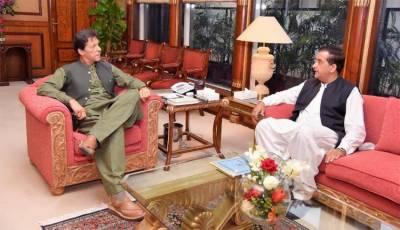 موسمیاتی تبدیلی کے مشیر کی وزیراعظم سے ملاقات ،صاف اور سبز پاکستان پروگرام پر تبادلہ خیال