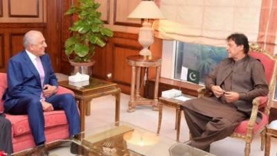امریکی نمائندہ خصوصی زلمے خلیل کی وزیراعظم سے ملاقات، افغان امن عمل پر گفتگو