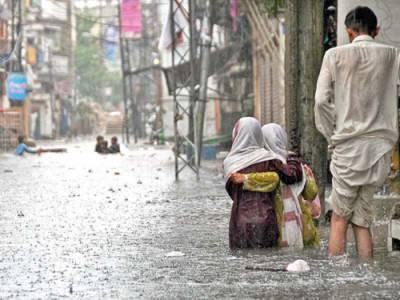 راولپنڈی:موسلادھار بارش ،4افراد برساتی نالے میں بہہ کر جاں بحق ،2کو بچا لیا گیا