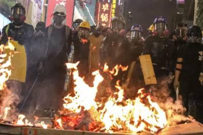 ہانگ کانگ : حکومت احتجاجی مظاہروں پر قابو پانے میں ناکام